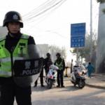 La Cina sta imprigionando quasi 1 milione di persone, per 'rieducarle'. Perché hanno la barba o parlano coi parenti all'estero