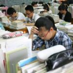Cina, muro eretto dentro la scuola: le famiglie ricche non vogliono che i figli studino con quelli dei migranti lavoratori