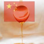 """Falso-miele cinese invade l'Italia, produttori in ginocchio. L'allarme: """"Costa troppo poco, è creato con sciroppo di zucchero e senza api"""""""