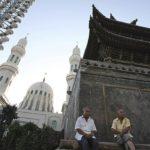 CINA : i residenti della città di Ghulja nello Xinjiang soffrono la fame sotto la quarantena causa il coronavirus
