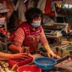La Cina non ha imparato niente: il mercato di animali di Wuhan ha riaperto.[Video-report]