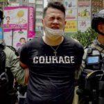 """Hong Kong, 300 arresti dopo legge pro-Cina/ Wong """"non ci arrendiamo"""": silenzio Italia.[Video]"""