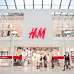 H&M taglia i rapporti con il fornitore cinese per le accuse di lavoro forzato nello Xinjiang