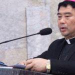 L'addio del vescovo non allineato. Un regalo del Vaticano alla Cina
